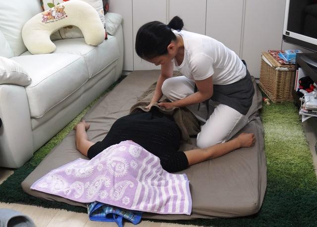産後骨盤矯正の流れ お腹のマッサージ、冷え、快便にお勧め